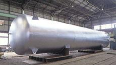 ヘリウムガスバッファタンク
