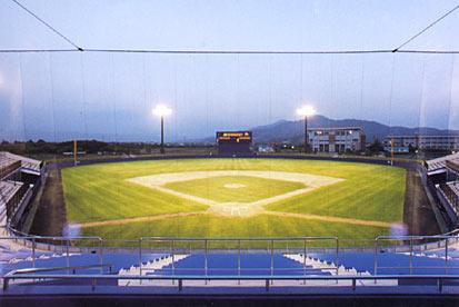 鶴岡市小真木原公園野球場 (鶴岡ドリームスタジアム)