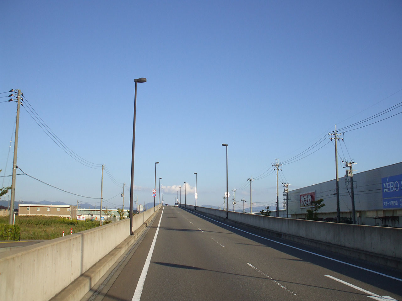 鶴田橋道路照明