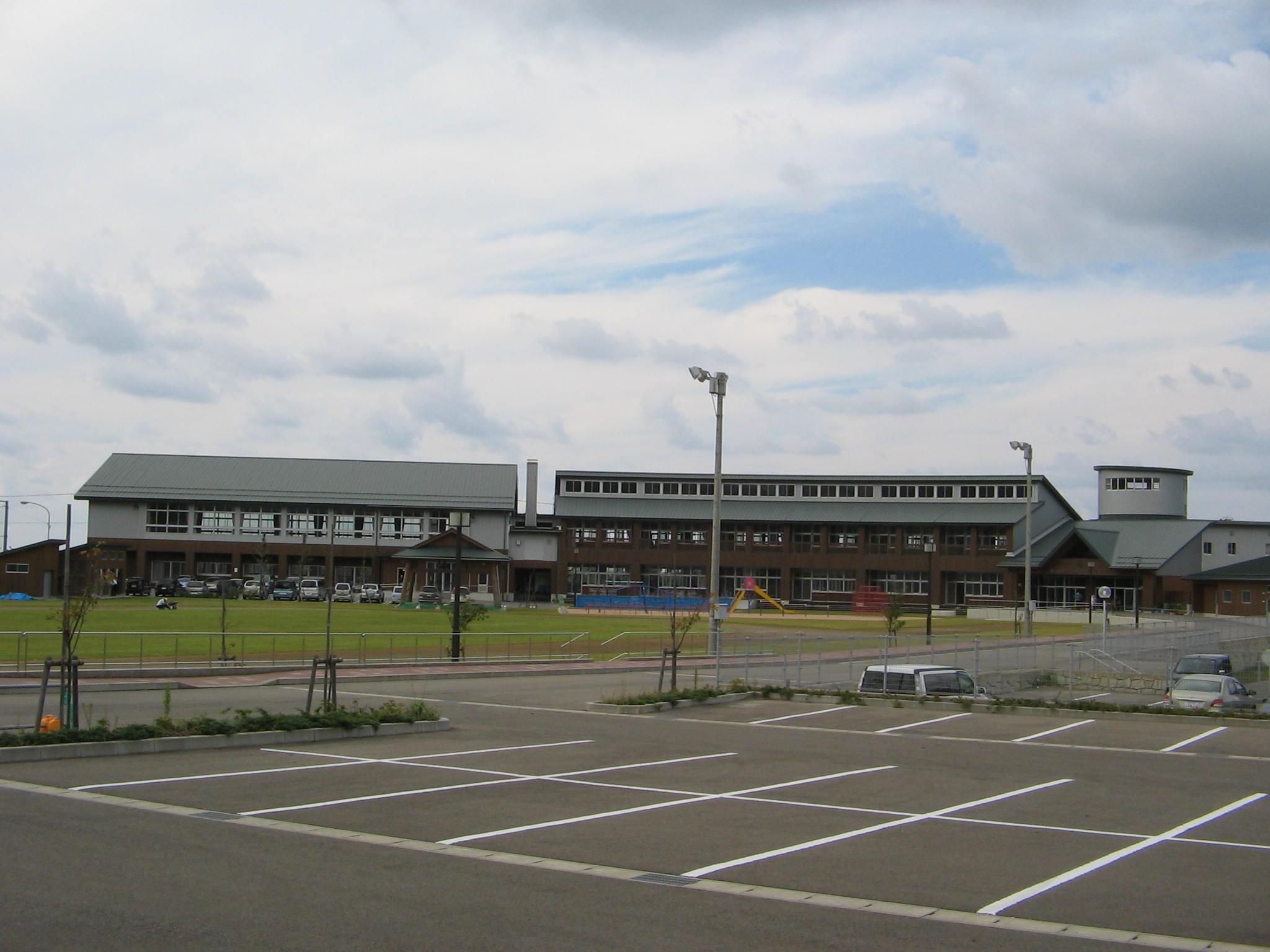 鶴岡市立湯野浜小学校